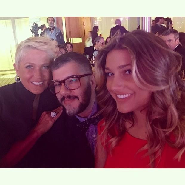Xuxa e Sasha com o maquiador Ton Reis em Miami (Foto: Reprodução/Instagram)