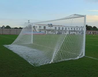 Estádio catarinão, do gonçalense (Foto: Muller Souza)