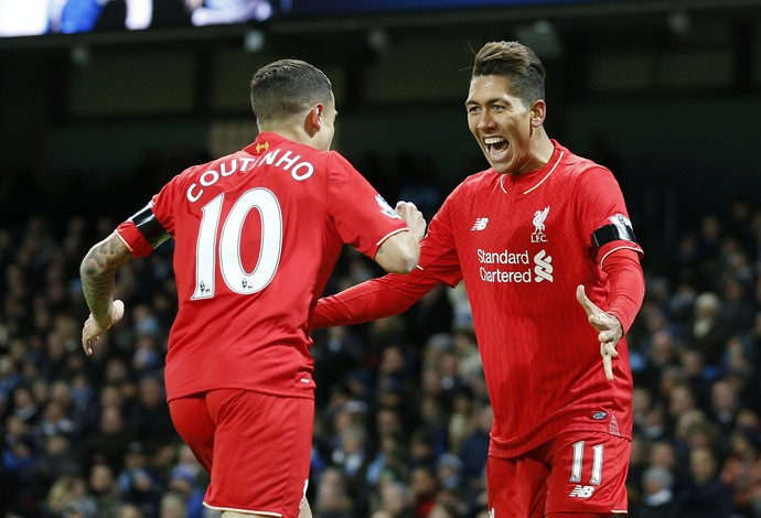 Philippe Coutinho e Roberto Firmino, Manchester City x Liverpool (Foto: AP Photo / Jon Super)