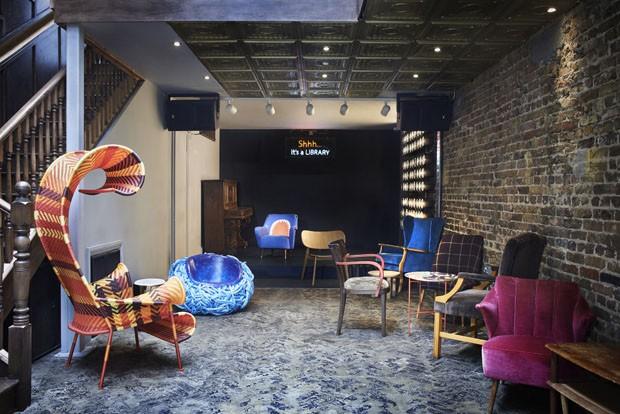 Clube privado para a intelligentsia londrina (Foto: Library/divulgação )