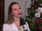 Árvore tem bilhetes com  pedidos de remédios para pacientes com câncer