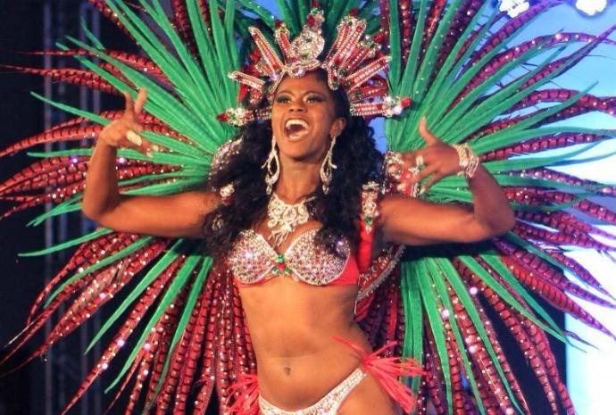Desde criança, Brennda esteve envolvida com o carnaval (Foto: Arquivo Pessoal)