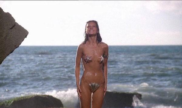 A atriz Catherine Zeta-Jones em cena de 'Sherazade' (1990) (Foto: Reprodução)