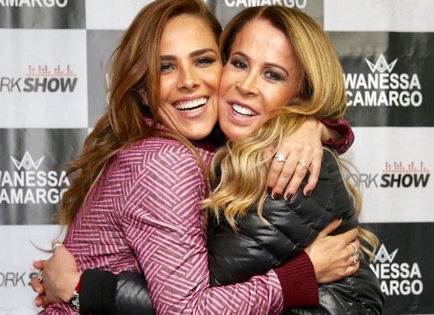 Wanessa e a mãe, Zilu (Foto: Manuela Scarpa/Brazil News)