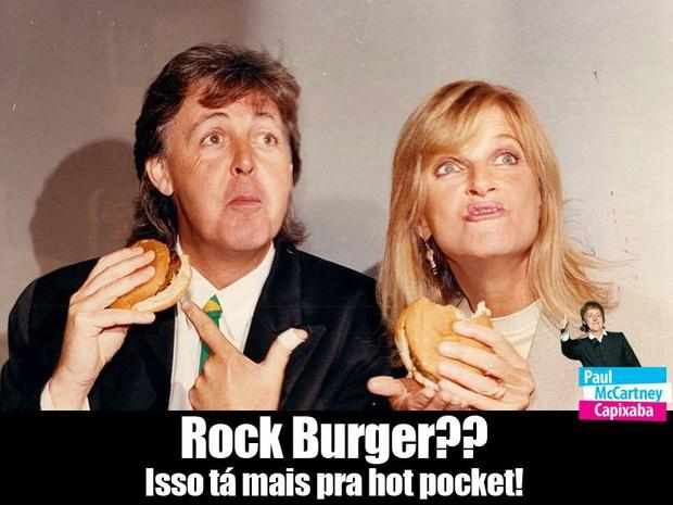 Rock Burguer?? Isso tá mais pra hot pocket! (Foto: Reprodução/ Facebook)