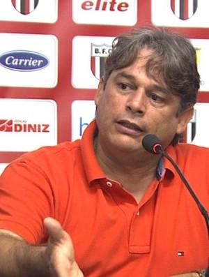 Marcelo Veiga, técnico Botafogo-SP (Foto: Sebastião Elias / EPTV)
