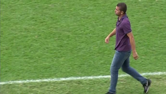 Umberto Louzer técnico do Paulista (Foto: Reprodução / TV TEM)
