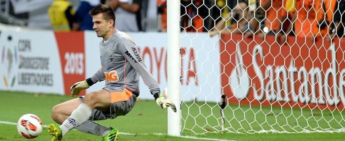 Victor defesa Atlético-MG Libertadores (Foto: AFP)