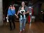 Alexandre Nero leva o filho a show infantil no Rio no Dia das Crianças