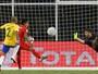 """Alisson reconhece """"vergonha"""", mas diz que Brasil foi melhor que o Peru"""