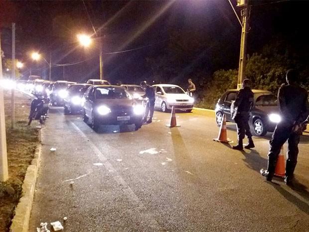 Blitz da Lei Seca foi realizada em Pirangi, no litoral Sul do RN (Foto: Divulgação/PM)