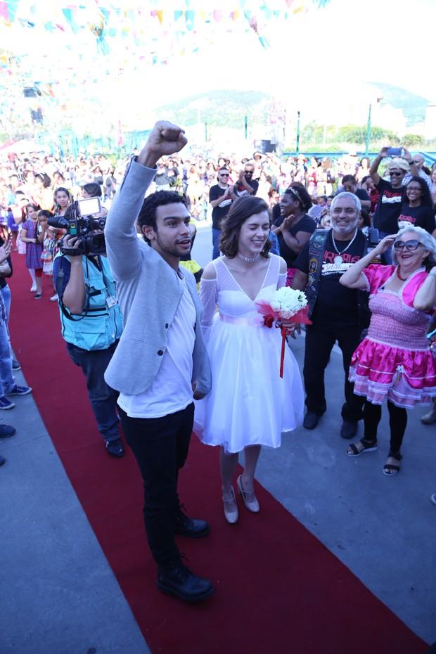 Sophia Abrahão e Sérgio Malheiros (Foto: Anderson Borde/Agnews)