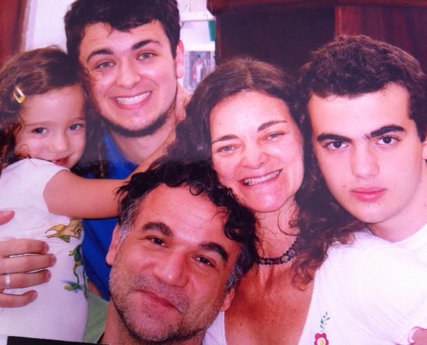 Inês e sua família (Foto: Arquivo Pessoal)