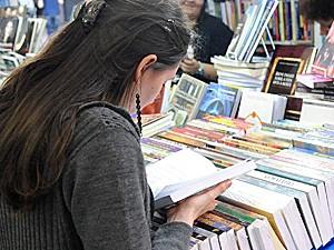 Feira do livro de Porto Alegre (Foto: Wilson Dias / Malhação)