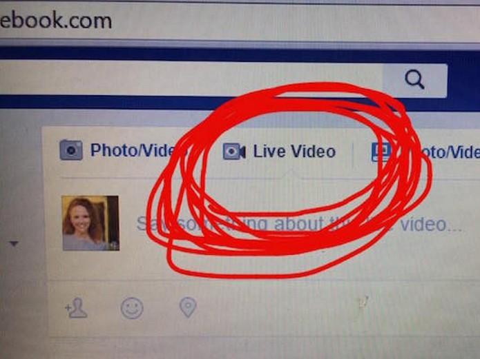 Botão de vídeo ao vivo permite usar recurso na versão desktop do Facebook (Foto: Reprodução/Social Times)