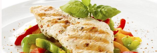 A carne branca tem menos gordura, por isso se tornou a queridinha dos nutricionistas (Foto: Think Stock)