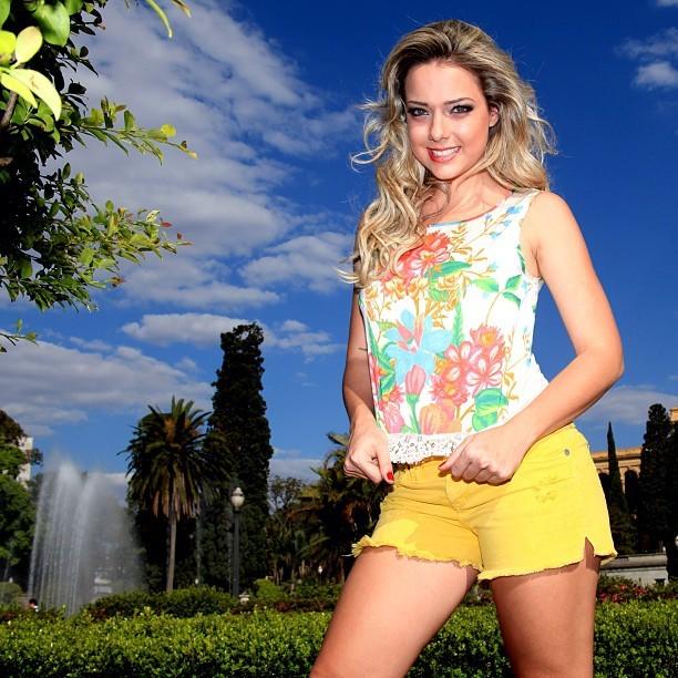 Ex-namorada de Neymar, Carol Dantas (Foto: Reprodução  / Instagram)