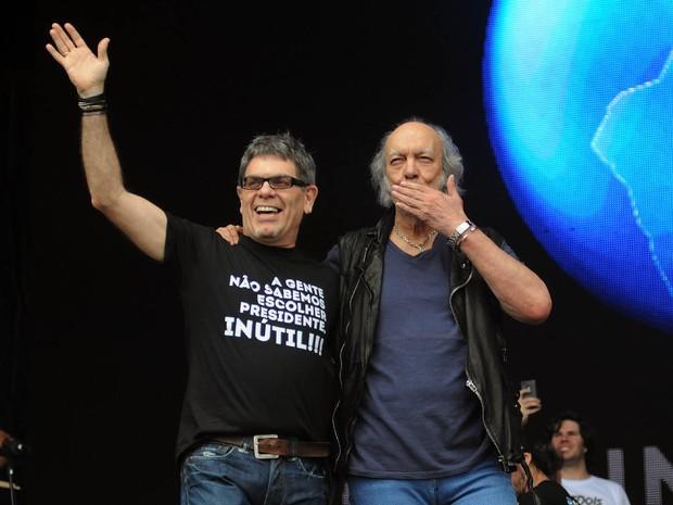Erasmo Carlos e Ultraje a Rigor tocam juntos no segundo show do Palco Sunset deste sábado (26) (Foto: Alexandre Durão/G1)