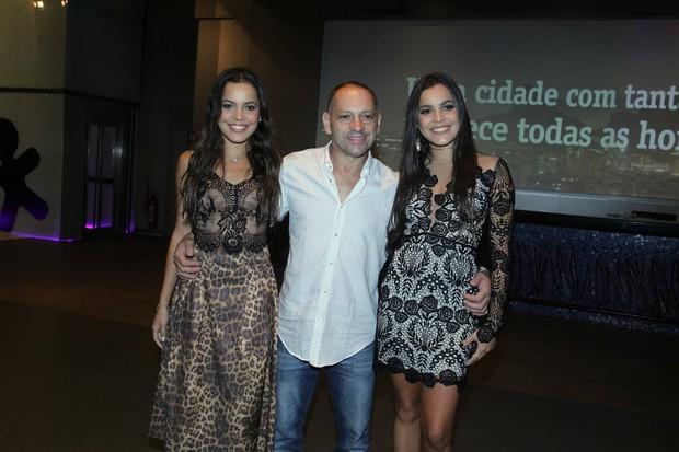 Mayla, Volnei e Emilly Araújo (Foto: Marcello Sá Barreto)