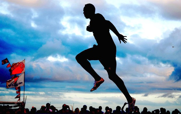 Bolt treino praia Copacabana (Foto: Alexandre Durão / Globoesporte.com)