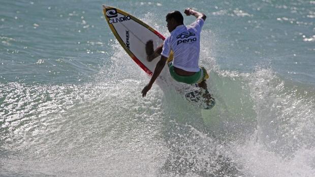 Jhone Fran; Nordestino de surfe (Foto: Divulgação/Pena Surf Nordeste)