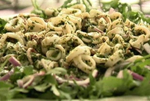 Salada verde com lula (Foto: GNT)
