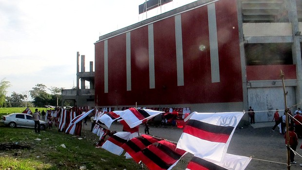 Arena joinville torcida flamengo (Foto: Fred Huber )