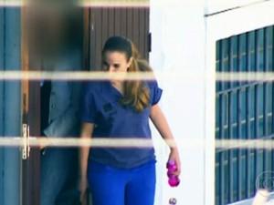 Funcionária contou que Suzane sempre namorou na cadeia (Foto: Rede Globo)