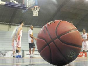 Bola Basquete NBB (Foto: Felipe Santos/GLOBOESPORTE.COM)