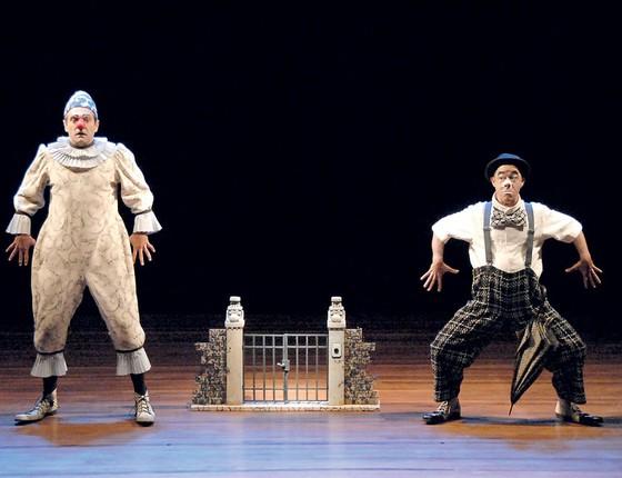 Domingos Montagner,(a esquerda)na peça A noite dos palhaços mudos (Foto: Carlos Gueller/Divulgação)