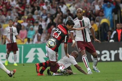 Valencia Eduardo da Silva flamengo fluminense (Foto: Gilvan de Souza / Flamengo)
