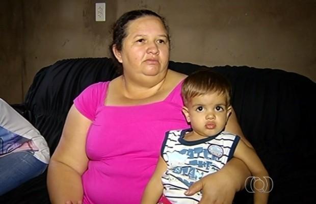 Doses são trocadas e garoto de 1 ano é vacinado contra HPV, em Rio Verde, Goiás (Foto: Reprodução/TV Anhanguera)