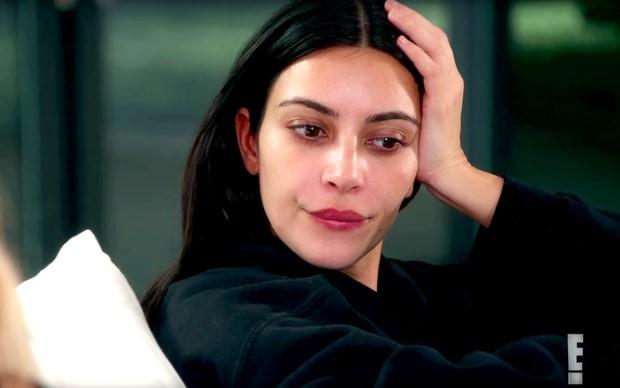 Kim Kardashian relembra assalto em Paris (Foto: Reprodução)
