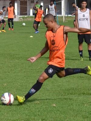 Tiquinho, atacante do Rio Branco-ES (Foto: Sidney Magno Novo/GloboEsporte.com)