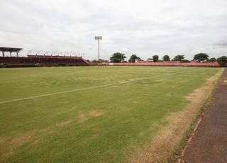 Estádio Antônio Accioly - Atlético-GO (Foto: Sebastião Nogueira / O Popular)