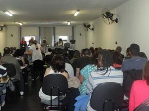 Alunos assistem às aulas no espaço atual, na Bela Vista. (Foto: Arquivo pessoal)