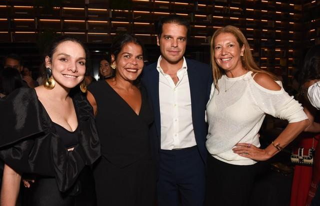 Yasmine Sterea, Daniela Falcao, Edoardo Caovilla e Donata Meirelles (Foto: Lú Prezia)