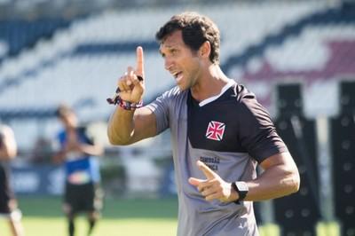 Técnico Rodney Gonçalves Vasco sub-20 (Foto: Paulo Fernandes)