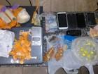 PM apreende drogas com quatro pessoas em Jundiapeba