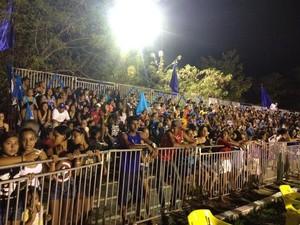 Malhadinho se apresenta para 5 mil pessoas em Guajará-Mirim, RO (Foto: Dayanne Saldanha/G1)