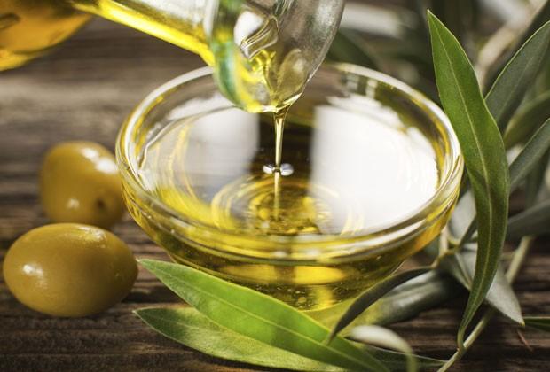 Óleo mágico: dez utilidades do azeite de oliva para a sua beleza