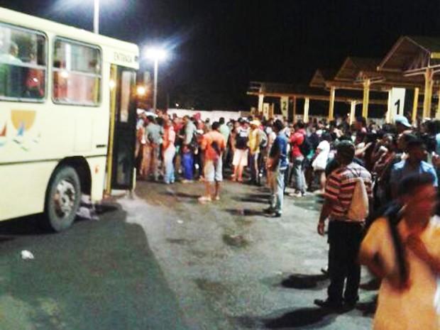 Protesto parou a movimentação no Terminal do São Cristóvão (Foto: Divulgação)