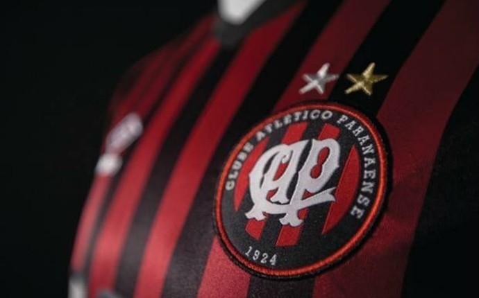 Atlético-PR camisa (Foto: Divulgação/ Atlético-PR)