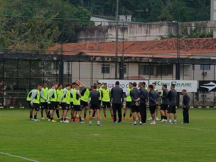Botafogo Treino General Severiano (Foto: Marcelo Baltar/GloboEsporte.com)