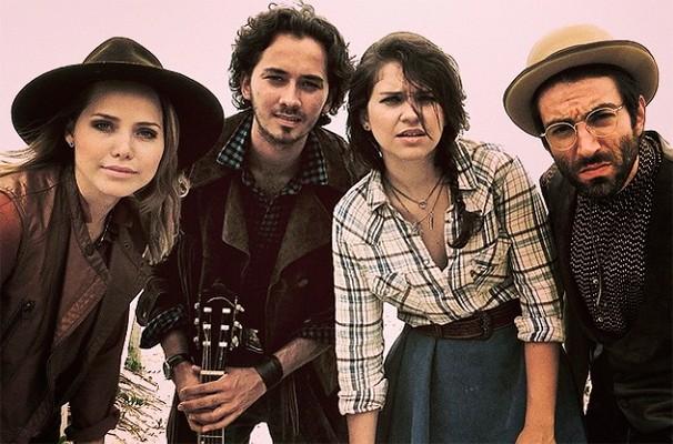 Letícia, Gabriel, Luciana e Rodrigo formam a bando dos atores  (Foto: Divulgação)