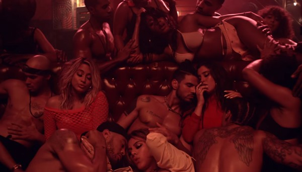 Fifth Harmony lança clipe cheio de pegação e homens sem camisa (Foto:  )