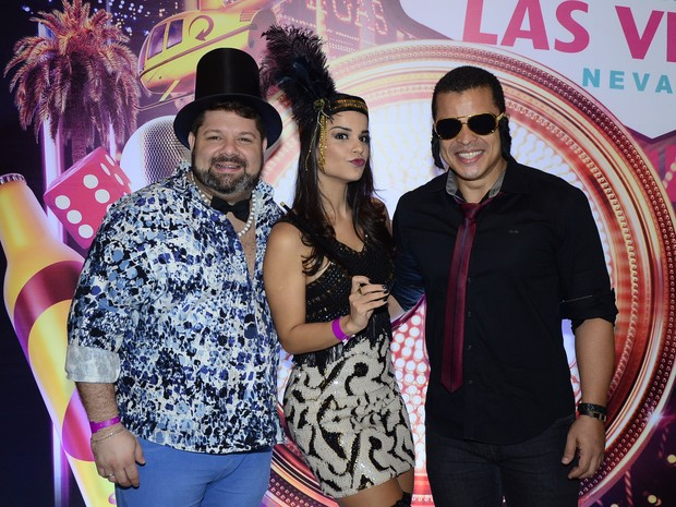 Daniel Vieira, Mari Antunes e Adelmo Casé em evento em evento em Salvador, na Bahia (Foto: Eli Cruz/ Divulgação)