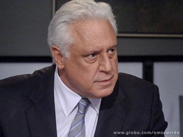 César se revolta (Foto: Amor à Vida/ TV Globo)