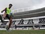 Sete meses após lesão, Luis Ricardo evolui e crê em volta no Carioca