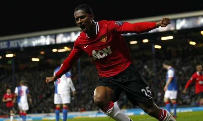 Antonio Valencia comemora gol do Manchester United (Foto: AP)